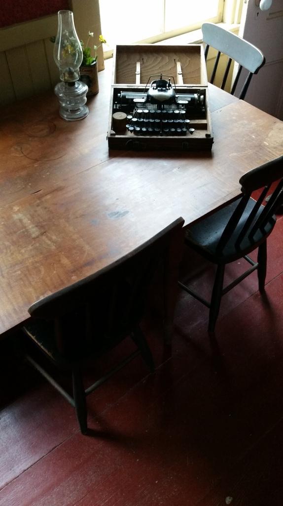 Frost's Desk